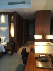 Hotel Review JW Marriott Marquis Dubai: Bedroom 5