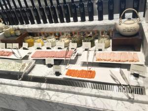 seasonal-tastes-westin-dubai-ahc-breakfast-j_cold-cuts