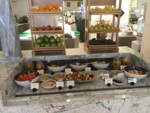 seasonal-tastes-westin-dubai-ahc-breakfast-p_fruit