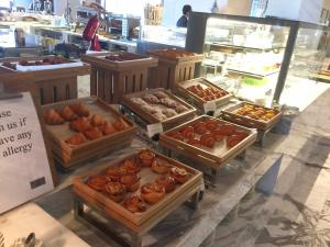 seasonal-tastes-westin-dubai-ahc-breakfast-y_danish-pastries