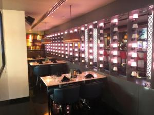 Spice & Ice Restaurant and Lounge lounge 1