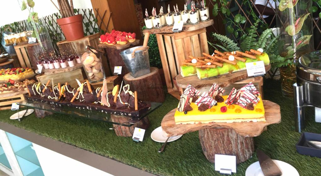 Movenpick JLT Nosh Brunch_Desserts 1