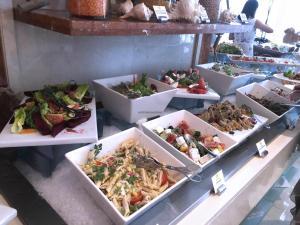 Movenpick JLT Nosh Brunch_Salad 2