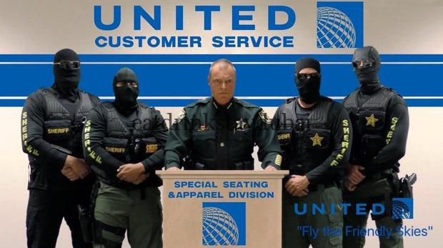 United Airlines removal - pic c/o (Bild: Twitter/@pzambrana)