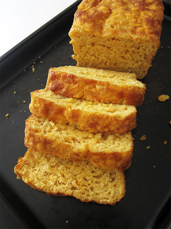 3 Cheese Beer Bread   www.EatLaughPurr.com