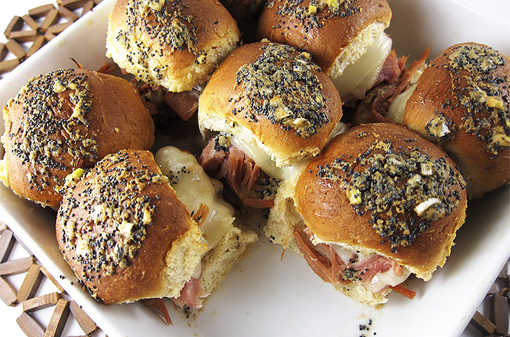 Ham and Cheese Sliders | www.EatLaughPurr.com