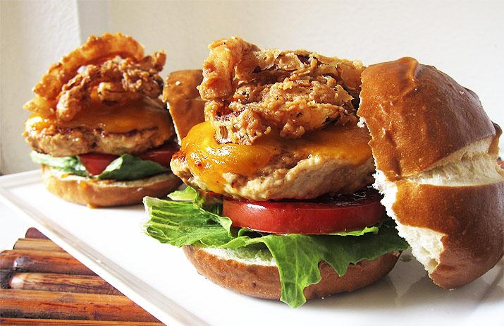 Turkey Bacon Burger with Onion Strings | www.EatLaughPurr.com