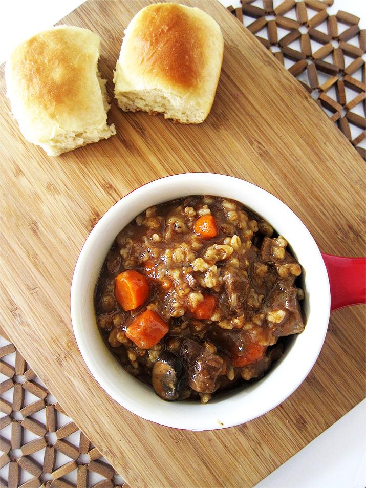 Crockpot Beef Barley | www.EatLaughPurr.com