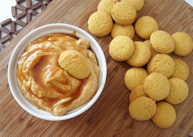 Pumpkin Pie Dip   www.EatLaughPurr.com #dip #pumpkin #Thanksgiving