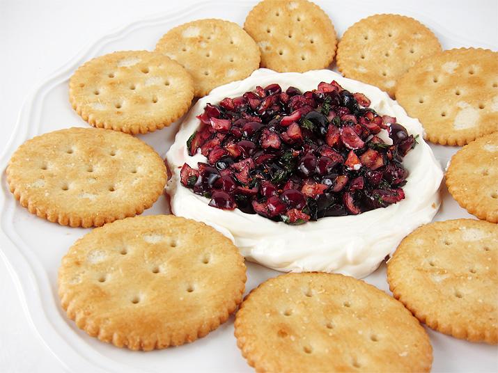 Cranberry Dip | www.EatLaughPurr.com