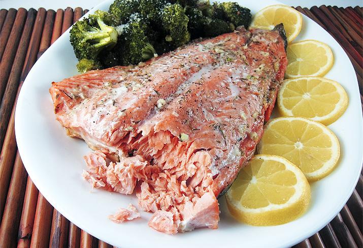 Honey Salmon in Foil | www.EatLaughPurr.com