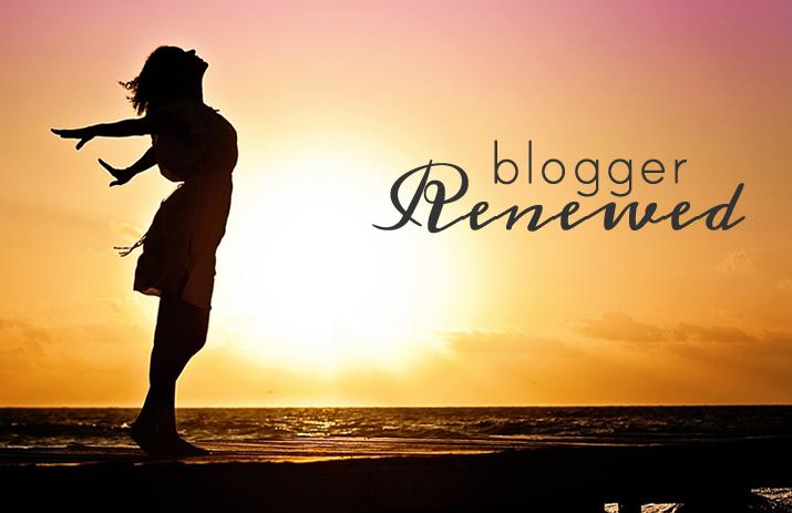Blogger Renewed? Fingers Crossed! | www.EatLaughPurr.com
