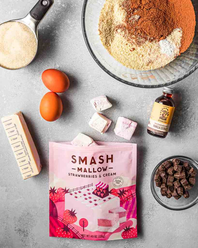 strawberries and cream marshmallow brownie ingredients