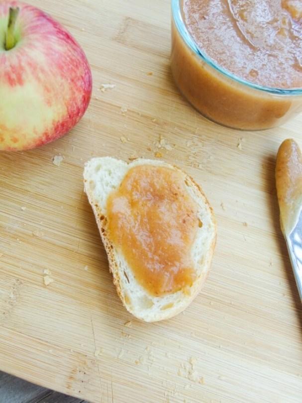 vegan gluten free slow cooker date caramel apple butter