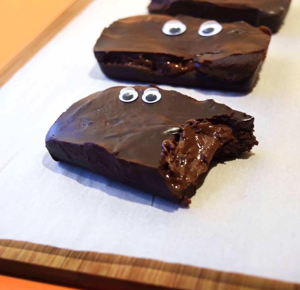 vegan 3 musketeers bars dairy free copycat recipe for Halloweenvegan 3 musketeers bars dairy free copycat recipe for Halloween
