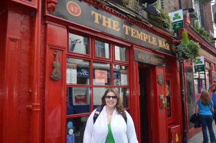solo female travel Ireland