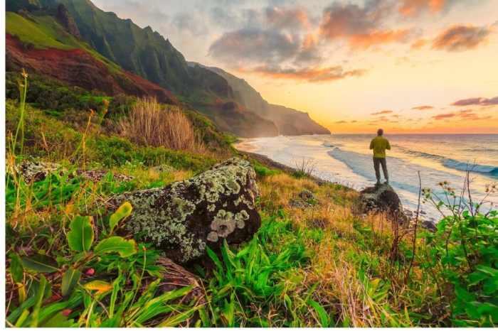 Hawaii sunset hike