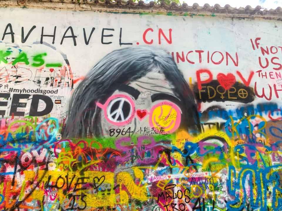 Lennon Wall, Prague