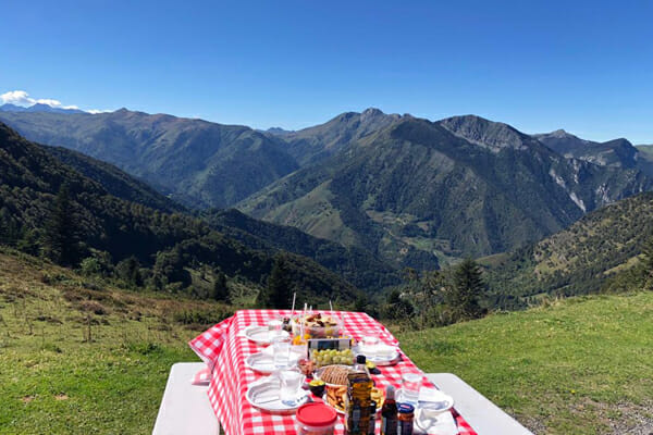 Food and Accommodation - Classic Climbs of the Alps - Eat Sleep Cycle