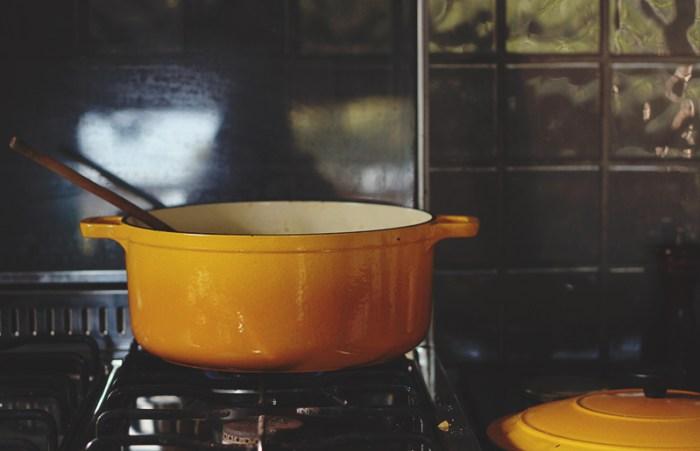 cast iron veggie pot