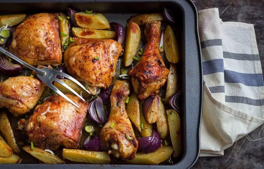 One Pan Cajun Chicken With Potatoes Recipe Eatwell101