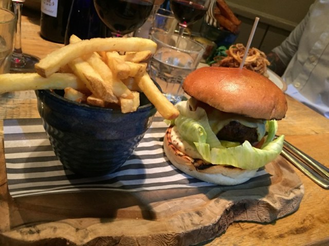 Burger at the King's Arms, Knowle