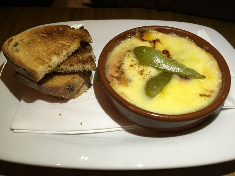 Baked Cenarth cheese starter at Star & Garter, Leamington Spa