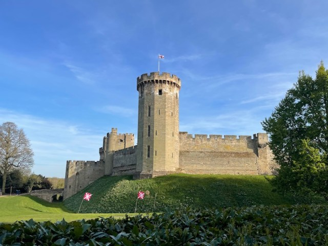 The Open Arms, Warwick Castle