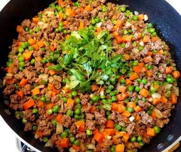 Asian Ground Beef With Carrots And Peas Recipe