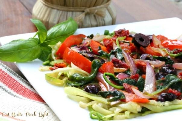 zucchini pasta with sundried tomatoes