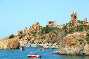 Sicily Hotel around rocks