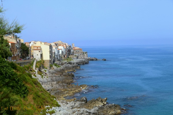 Sicily walk to Cefalu
