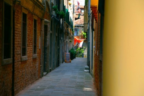 Venice empty alley
