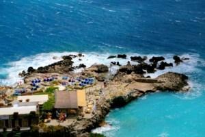 capri rest by sea