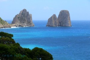 capri view of rocks