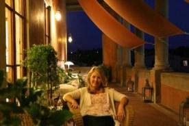 florence balcony me