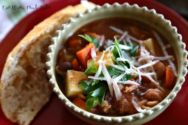 sardinia-minestrone-soup-bowl