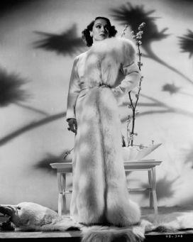 Dolores del Rio in fur