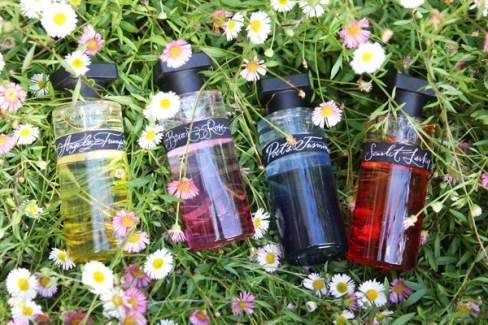 Ineke Floral Curiosities