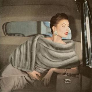 Suzy Parker in fur