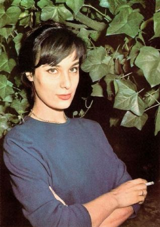 Bernadette Lafront