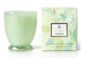 Voluspa Taporo candle