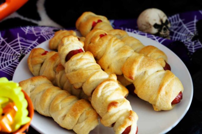 Halloween Mummy Dogs, hot dogs and crescent rolls