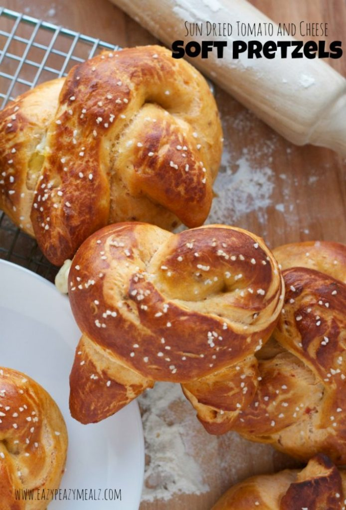 sund reid tomato and cheese soft pretzels
