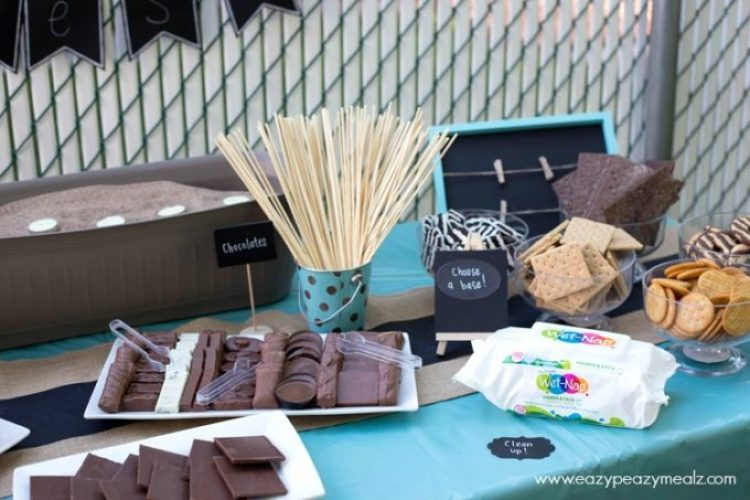 Smores bar with all the fixings
