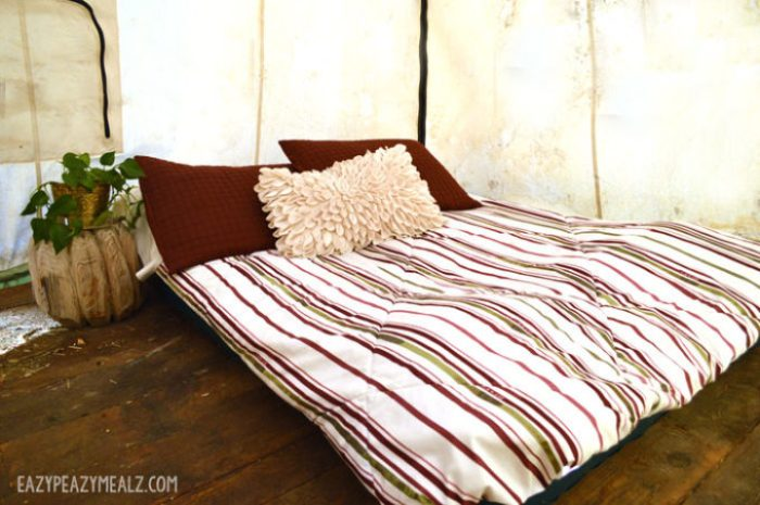 bed-in-tent