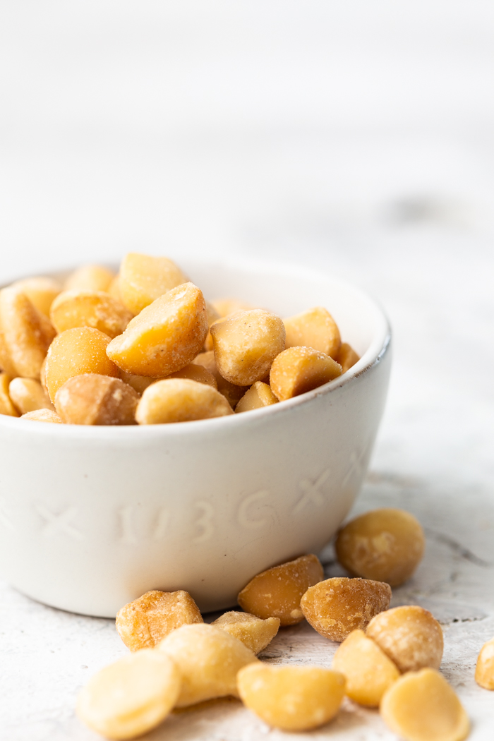 Macadamic nuts are the perfect keto friendly low carb snack