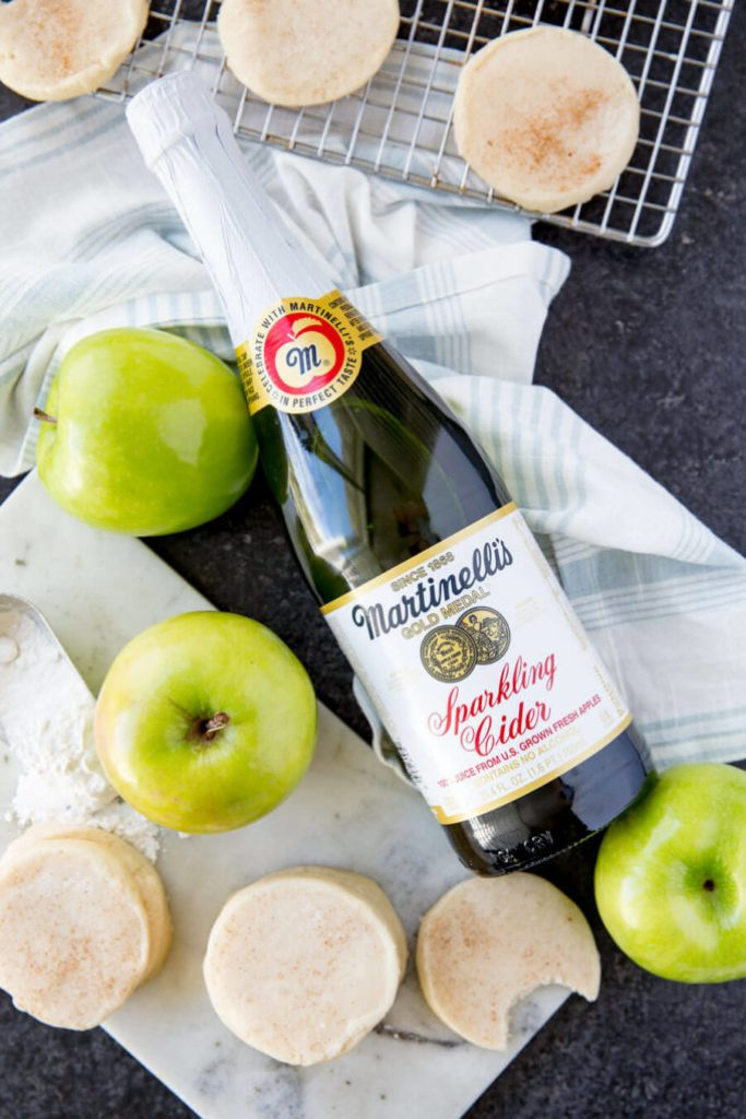 Martinelli's Apple Glazed Shortbread Cookies are delicious buttery cookies with a subtle apple flavor