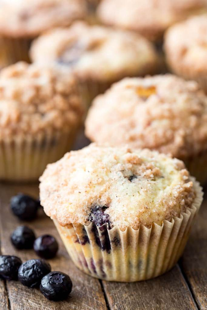Blueberry Muffins with a crumble topping