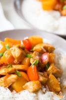 Hawaiian Chicken is a deliciously sweet and tangy sauce served over chicken and peppers and pineapple
